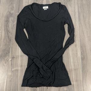 5/$25 Golden TNA Black tissue long sleeve t-shirt